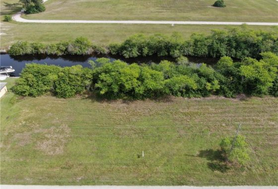 A parcel of land located at 821 NW 33rd Pl